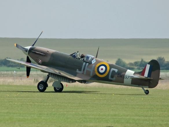 Spitfire_F_VB_BM597